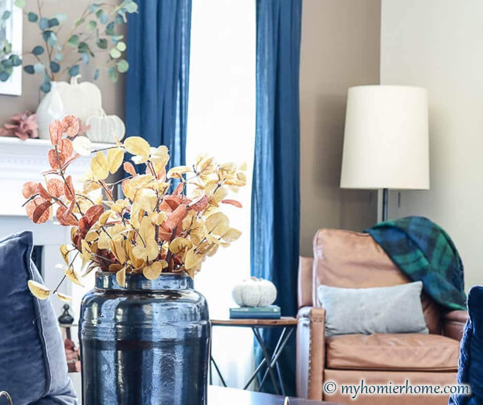 Inspiration for your fall home with my modern vintage fall home tour.