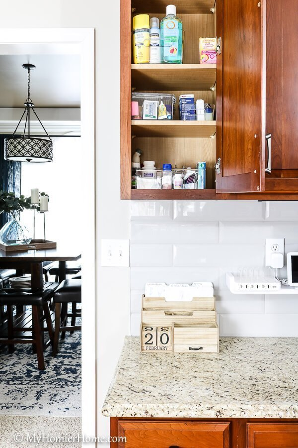 Working with a messy kitchen desk? These tips for kitchen desk organization will get from clutter to chaos-free organization for the quick win!