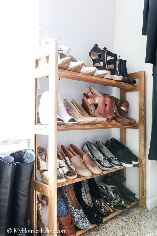 Shoes easily displayed.