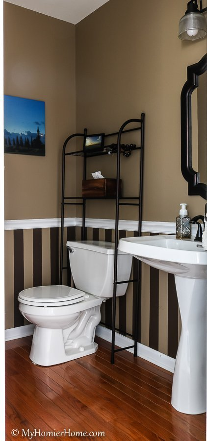 This small bathroom is in need of a serious makeover. $100 room challenge here I come! See how I transform this dated 90s bathroom into a modern beauty.